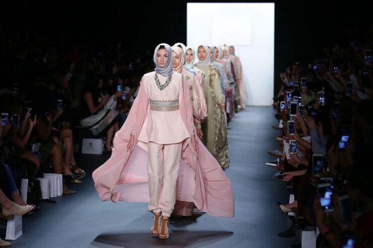 Hijab Fashion Week: Modest Fashion Hits London - Aquila Style